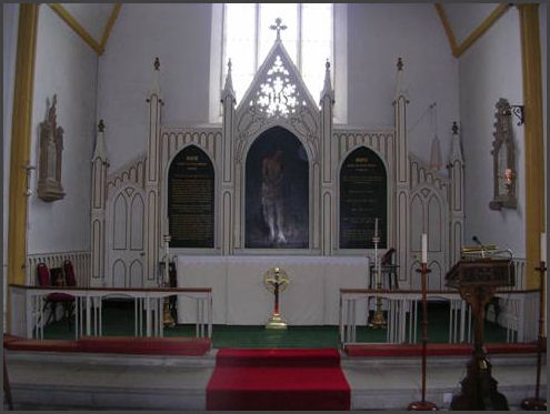 Reredos and sanctury